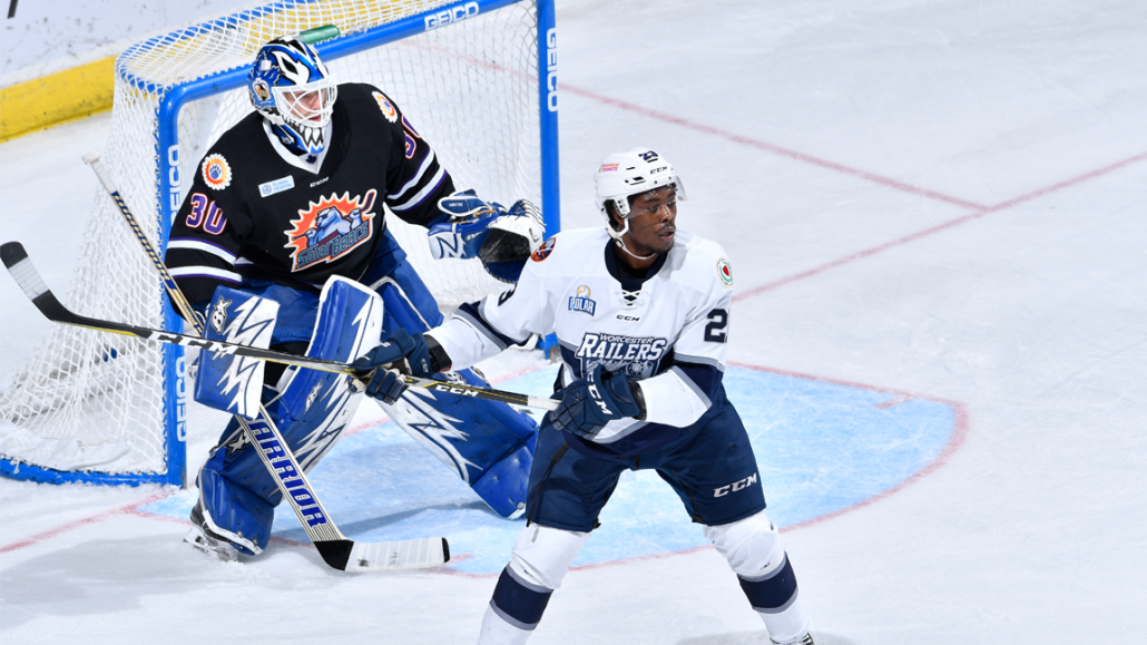 ECHL: Railers - Physical Play, Engaging Personality Make Woody Hudson A Fan Favorite